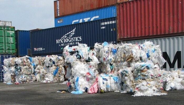 Container tồn đọng tại cảng biển giảm hơn 60%