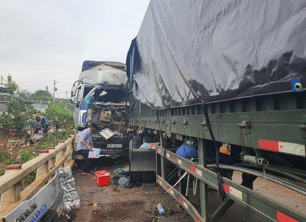 Bình Phước: Hai xe tải va chạm ở Quốc lộ 14 làm 3 người thương vong