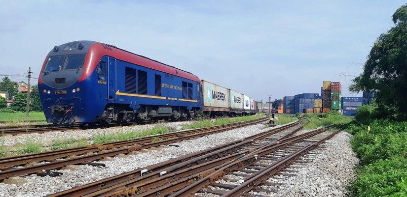Đường sắt kiến nghị vay 800 tỷ đồng để tránh nguy cơ dừng hoạt động