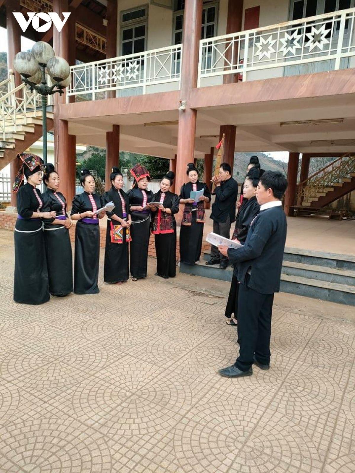 Sơn La: Bà con bản Hìn nỗ lực bảo tồn giá trị văn hoá dân tộc