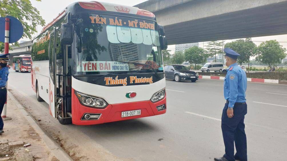 Hà Nội: 2 đoàn liên ngành kiểm tra đột xuất hoạt động vận tải ôtô