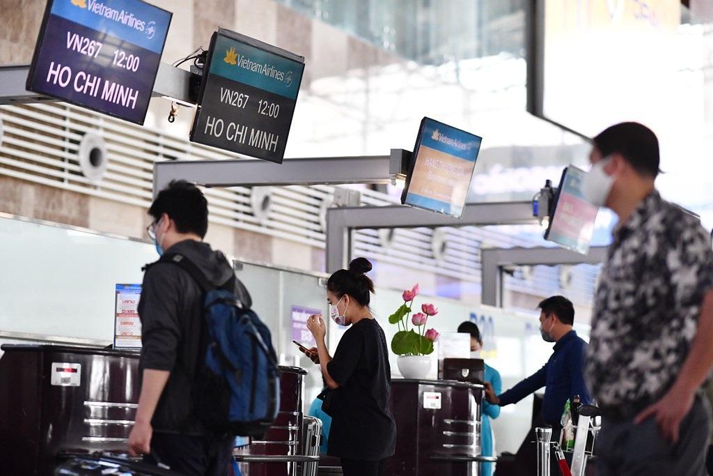 Cao điểm hè, Vietnam Airlines khuyến cáo khách đến sân bay trước 2 tiếng