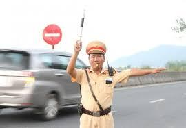 Phát hiện 3 tài xế 'nghiện' ma túy trên cao tốc Nội Bài-Lào Cai