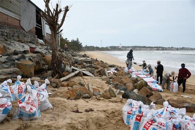 Quảng Ngãi, Quảng Trị: Tập trung ứng phó với cơn bão số 13