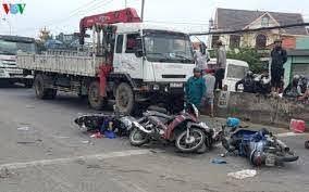 Vụ xe u-oát lao vực sông Nho Quế: Đình chỉ một đăng kiểm viên